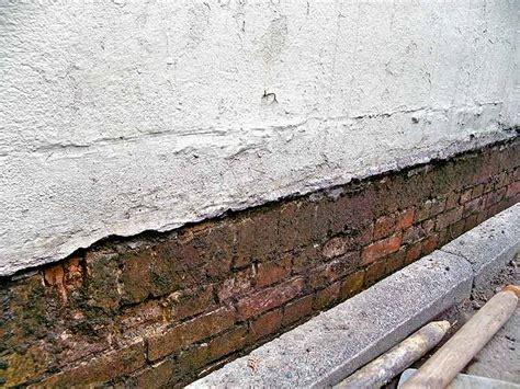 Aufsteigende Feuchtigkeit Im Mauerwerk by Feuchtigkeit Mauerwerk Prozent Feuchtigkeitssch Den An