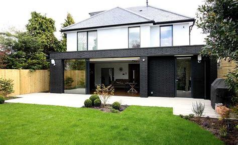 engineering brick  black   modern single storey extension house designs exterior