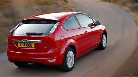 ford focus hatchback ii pictures information