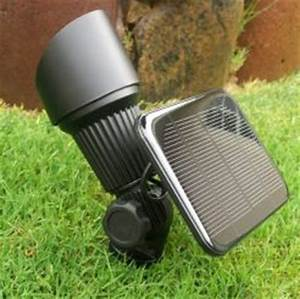 white high output solar spot light yardbright landscape With garden light solar panel output