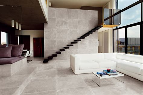 facade meuble cuisine sur mesure escalier terrasse et balcon exterieur en carrelage