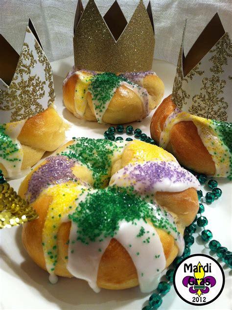 celebrate mardi gras kings cakes
