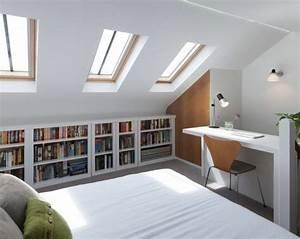 1001 idees deco de chambre sous pente cocoon With chambre sous pente de toit