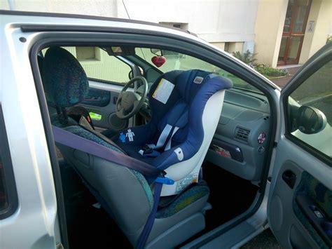 siege twingo un siège auto pour twingo place avant