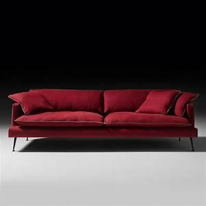 Modern italian velvet designer sofa for Modern sofa design italian