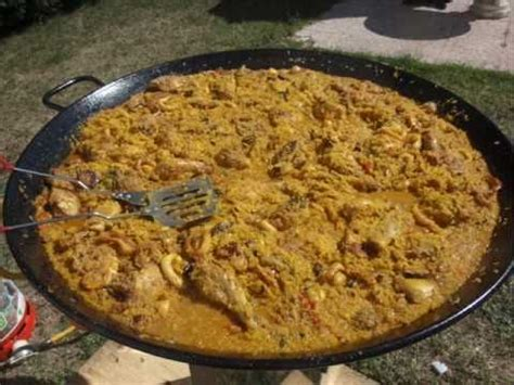 cuisiner le safran recette paëlla comment cuisiner des paellas géantes