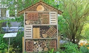Fabriquer Un Hotel A Insecte : cosyst me les h tels insectes au c ur de la biodiversit ~ Melissatoandfro.com Idées de Décoration