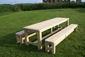 Table Picnic Bois Pas Cher : fabriquer une table de picnic en bois deco maison design chic rustique bancs tables ~ Melissatoandfro.com Idées de Décoration