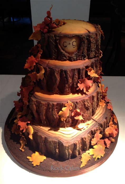 Rustic Tree Fall Wedding Cake Picture Deer Pearl Flowers