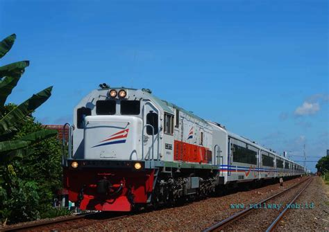 Maybe you would like to learn more about one of these? Ujicoba Trainset Ketiga Kereta Api Eksekutif Baru New ...
