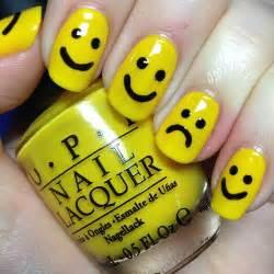 Cute nail designs with yellow : Stylish teenage nail art designs