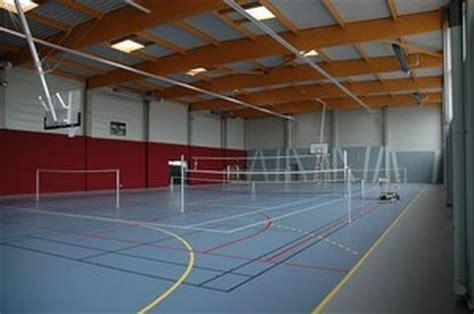 construction d une salle de sport par architecture fardin