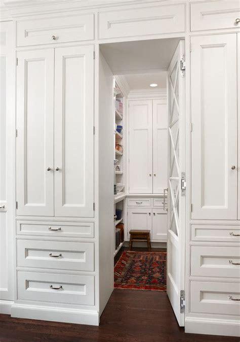 Renew Kitchen Cupboard Doors by Best 25 Built In Wardrobe Ideas On Bedroom