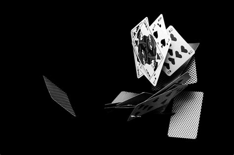 la couleur en noir  blanc gregory laroche