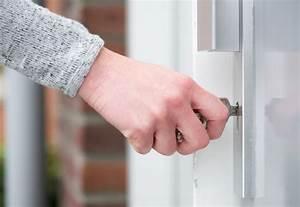 Frühlingskränze Für Die Tür : balkont r sichern 6 sicherheitsma nahmen f r die t r ~ Michelbontemps.com Haus und Dekorationen