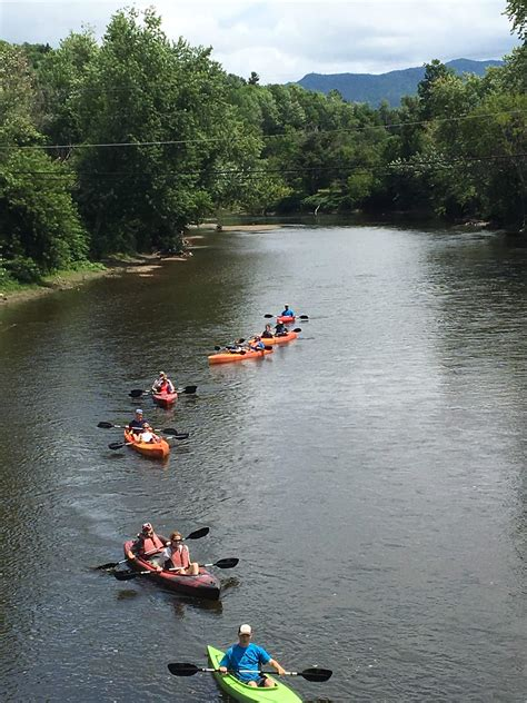 Canoes Vermont by Where To Paddle Your Way To Wine Wine Enthusiast Magazine