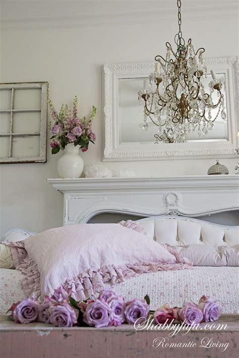 shabby chic style sofas 156 best french country shabby chic cottage style sofas images on pinterest armchairs