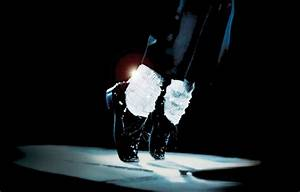 michael-jackson-dancing-leather-shoes-1 | NOLLYWOOD ACCESS