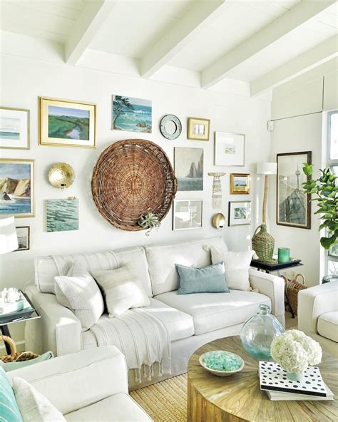 A Cozy Beach Cottage Living Room With A Seaside Inspired