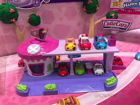 bob stroller shopkins cutie cars playset growing your baby