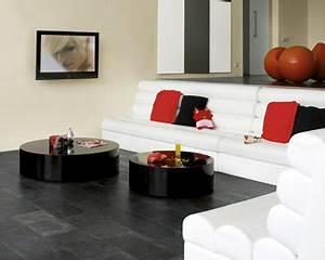 30 idees peinture salon aux couleurs tendance deco cool With tapis champ de fleurs avec canapé blanc moderne