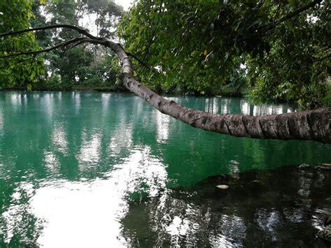 danau linting keindahan alam penuh misteri  sumatera