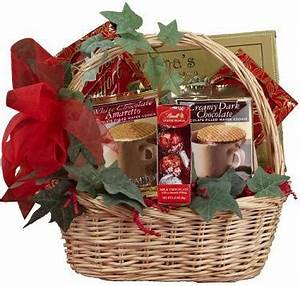 Christmas Decoration Gift Basket