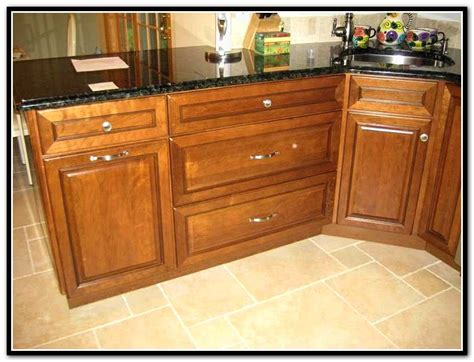 kitchen cabinet hardware placement pictures kitchen cabinet door hardware placement home design ideas