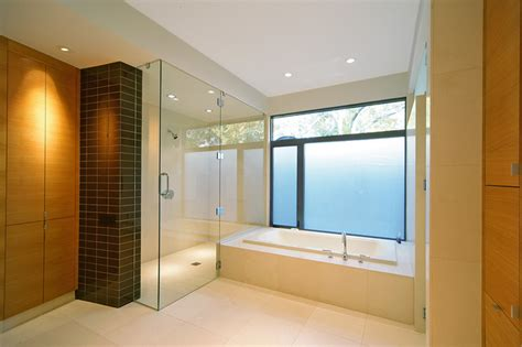 Bathtub Remodel by How To Choose Tile For A Bathtub