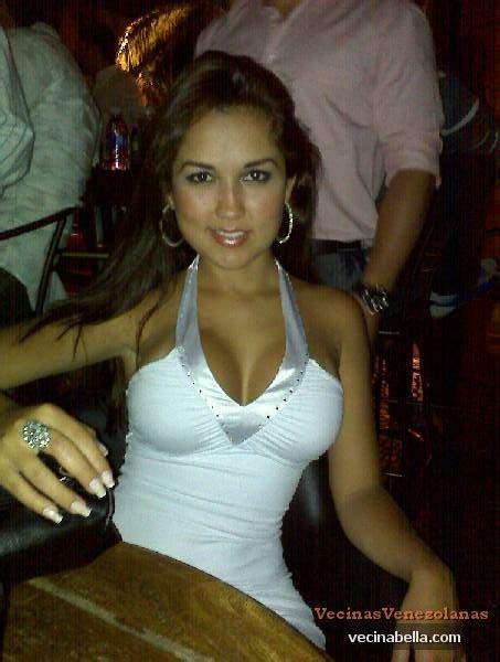 foto de Sandra Chacón fotos de una Diosa Venezolana VecinaBella