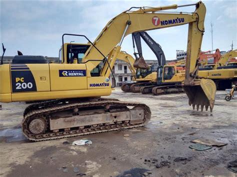year  hand komatsu excavator pc  cbm bucket  work hours