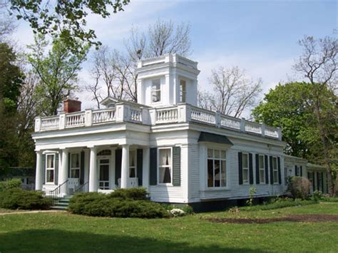 revival home southern colonial style house revival house style