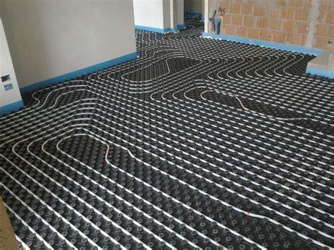 Installare Riscaldamento A Pavimento by Perch 233 Installare Un Impianto Di Riscaldamento A Pavimento