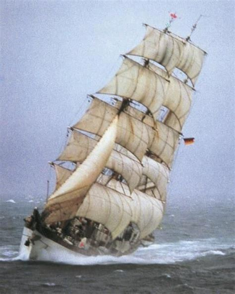 Sailing Boat Expressions by 2480 Best Sailing Ships Images On Pinterest Sailing