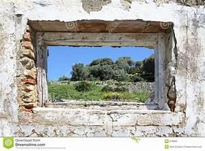 Loch In Der Wand : spanische landschaft gesehen durch loch in der wand von ~ Lizthompson.info Haus und Dekorationen