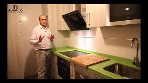 muebles de cocinas pequenas modernas color madera