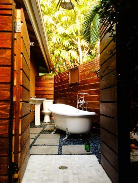 Outdoor Bathroom Designs by 45 Outdoor Bathroom Designs That You Gonna Digsdigs