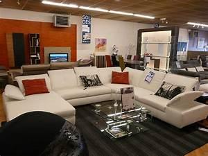 Magasin de meuble salon de provence daiitcom for Magasin de meuble salon de provence