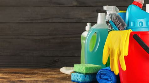 types  cleaning agents