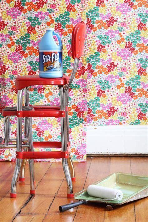 hang fabric  wallpaper renters solutions diy
