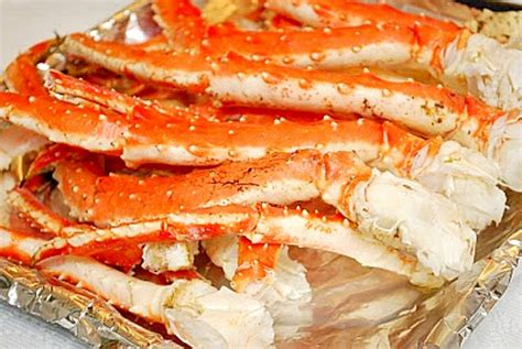 how do you boil king crab legs what s cookin chicago steamed alaskan king crab legs
