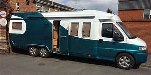 Fixed Double Bed Motorhome Layouts - Buyers Guide