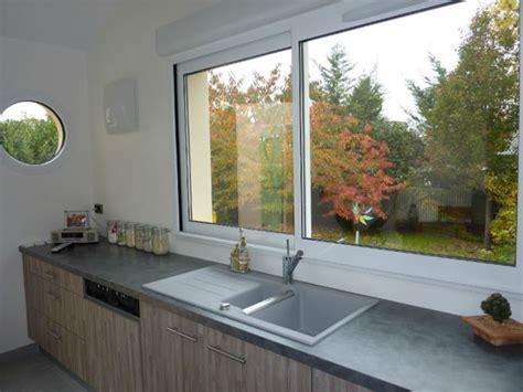fenetre coulissante cuisine fenêtre coulissante sur mesure fenêtre coulissante de