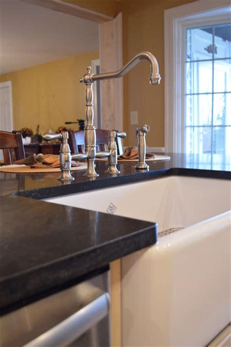 soapstone farmhouse kitchen sinks farmhouse apron sink and soapstone granite farmhouse 5583