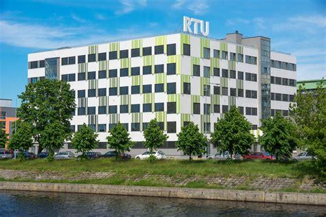 Latvijas 41. skolēnu zinātniskā konference: Inženierzinātņu sekcijas darbu izstāde | Rīgas ...