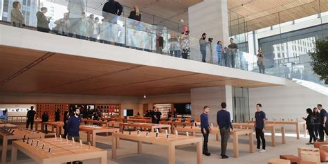 Store Chicago by Apple Retail Store In Chicago Of Glass And Places To