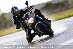 Pneu Neige Moto : conseils rouler moto l 39 hiver ~ Melissatoandfro.com Idées de Décoration