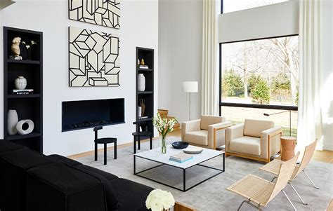 Here's The Inside Scoop On Staging Homes To Sell In The