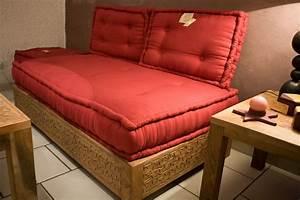 Banquette Salon Marocain : banquette indienne ~ Teatrodelosmanantiales.com Idées de Décoration