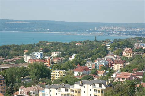 File:Varna Bay, View from Sveti Nikola.jpg - Wikimedia Commons